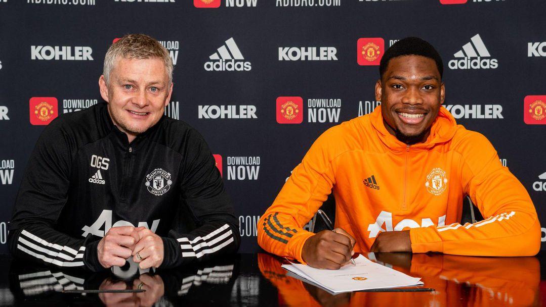 Ман Юнайтед обяви пореден договор на талант от школата