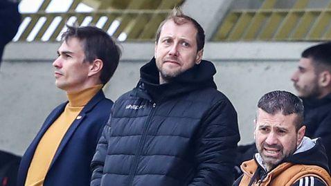 Утре Зингаревич придобива Ботев на документи, след това клубът подписва с Неделев