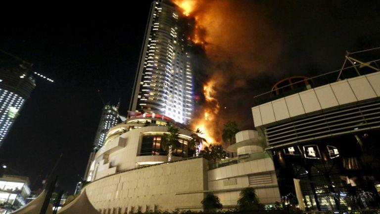 Световен шампион оцелял при огнения ад в Дубай