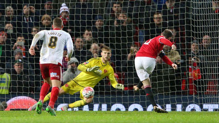 Дузпа в 93-ата минута измъкна един от най-безидейните мачове на Манчестър Юнайтед (видео)