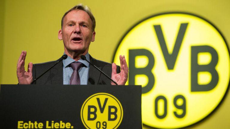 В Англия изцеждат играчите като лимони, плашат в Дортмунд