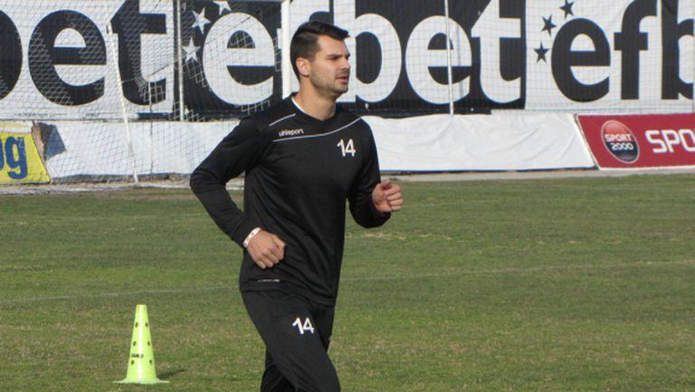 Локомотив (Пловдив) продължава с трансферите