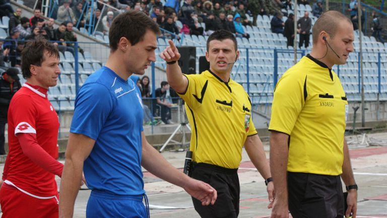 Спартак (Плевен) играе в неделя в Ловеч, Даниел Гаджев отказа