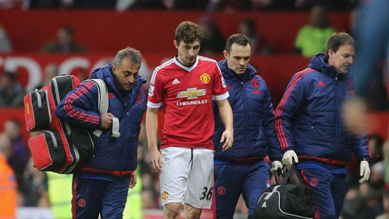 Играч на Ман Юнайтед бе приет в болница