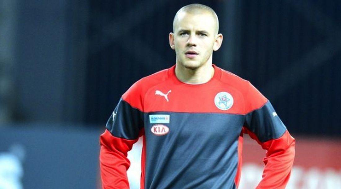 Зенит връща в Европа бивш футболист на Ман Сити