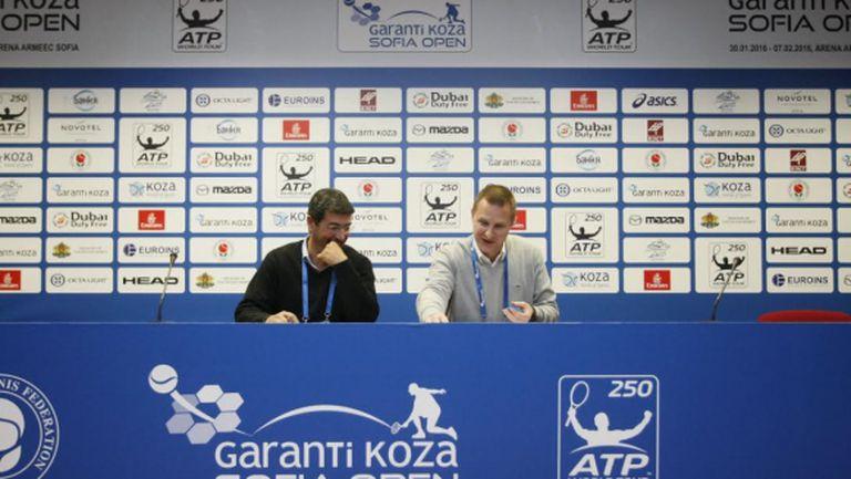Кузманов и Лазов играят срещу холандци на двойки