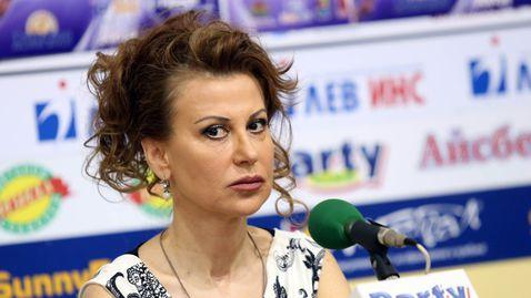 Илиана Раева: Наско не щади здраве и сън, за да извади Левски от задънената улица