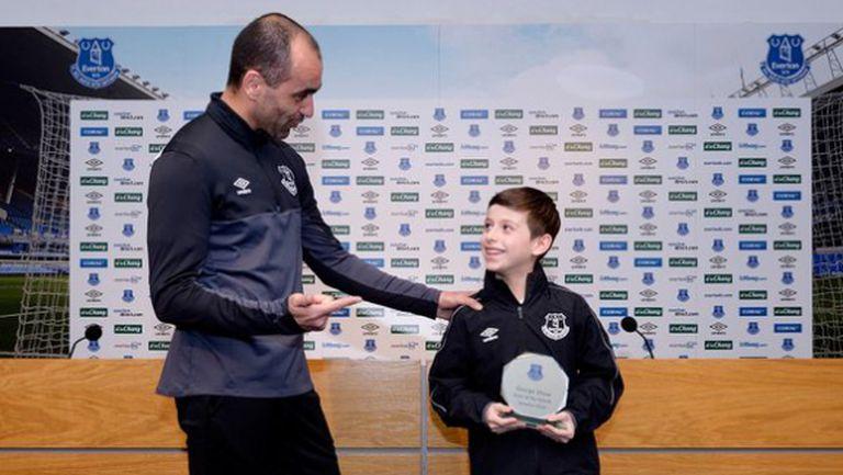 Прекрасно: 9-годишният Джордж получи наградата за гол на месеца в Евертън