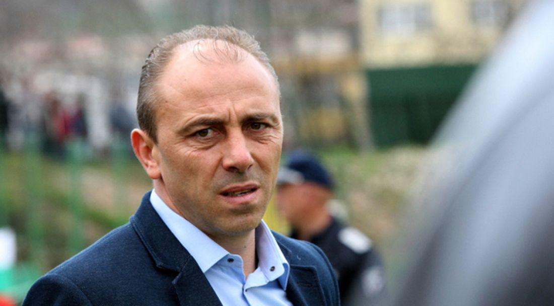 Официално: Илиан Илиев е новият треньор на Локомотив (Пловдив)