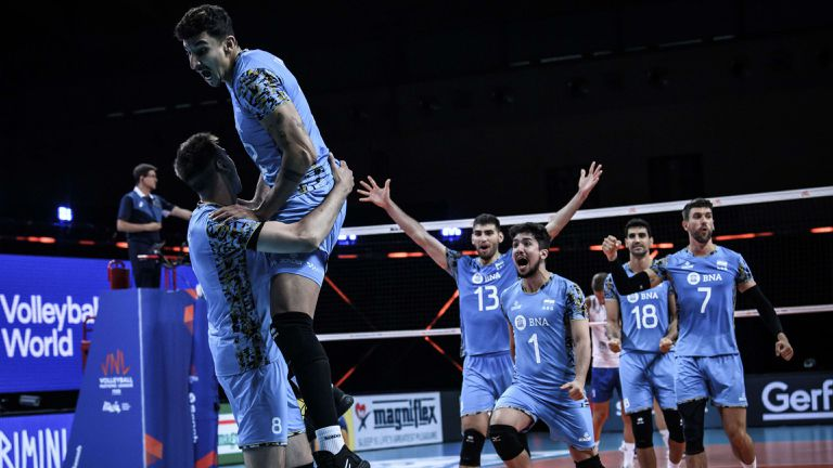 Аржентина шокира Сърбия в Лигата на нациите