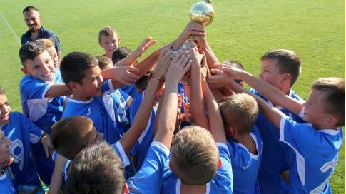 """Левски спечели за четвърти път детския турнир за купата """"Трифон Иванов"""""""