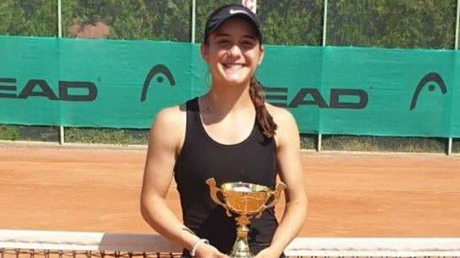 Катерина Димитрова продължава похода си към първа титла от ITF