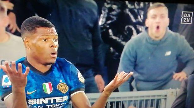 Нов расистки скандал в Калчото, фен на Лацио с грозна проява към играч на Интер (видео)