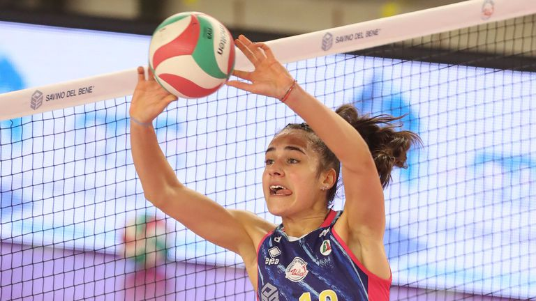 Страхотна Никол Миланова донесе първа победа на Скандичи в Италия