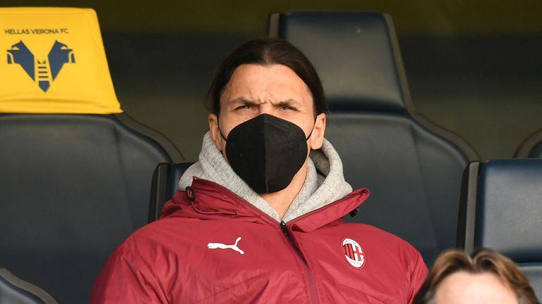 Четирима от Милан пропускат реванша с Юнайтед, Ибра е в групата