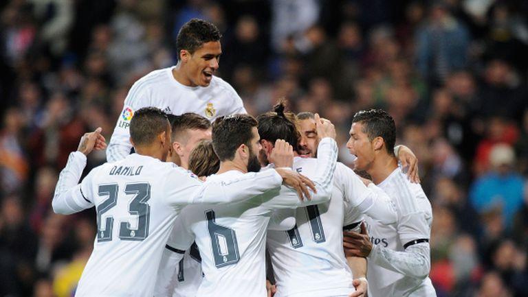 Реал Мадрид с шумна победа над Севиля (видео + галерия)