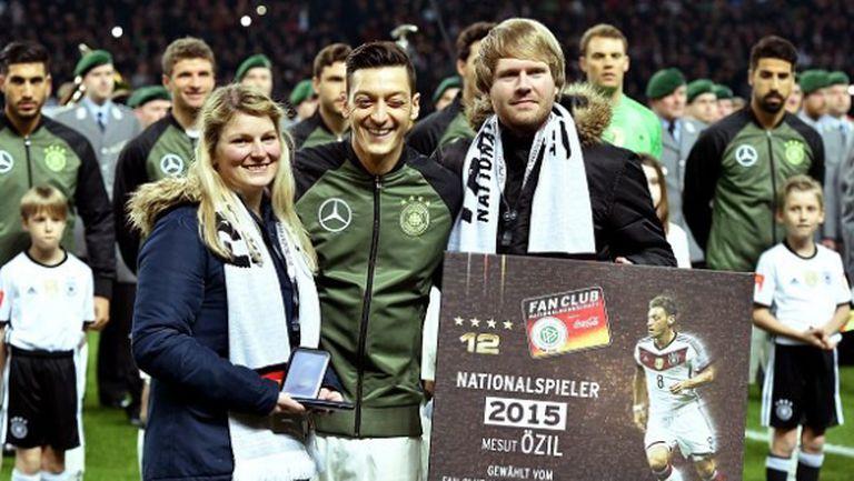 Йозил получи наградата за №1 на Германия
