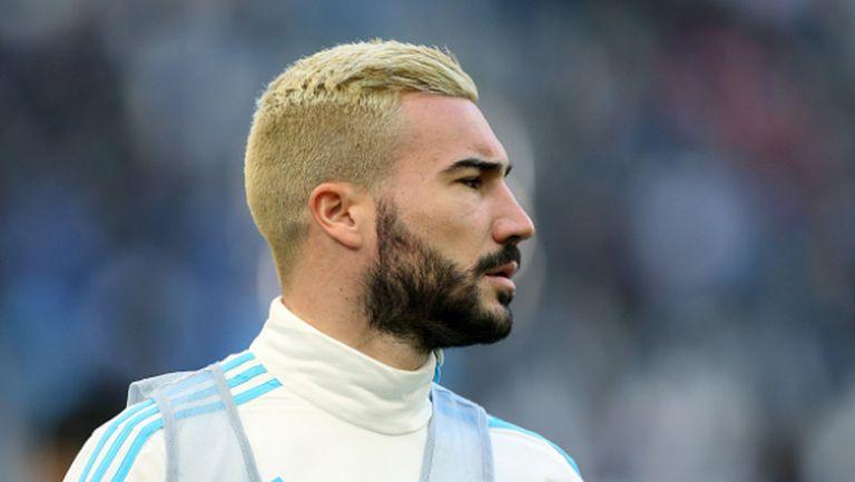 Халф на Марсилия отнесе 3 мача наказание