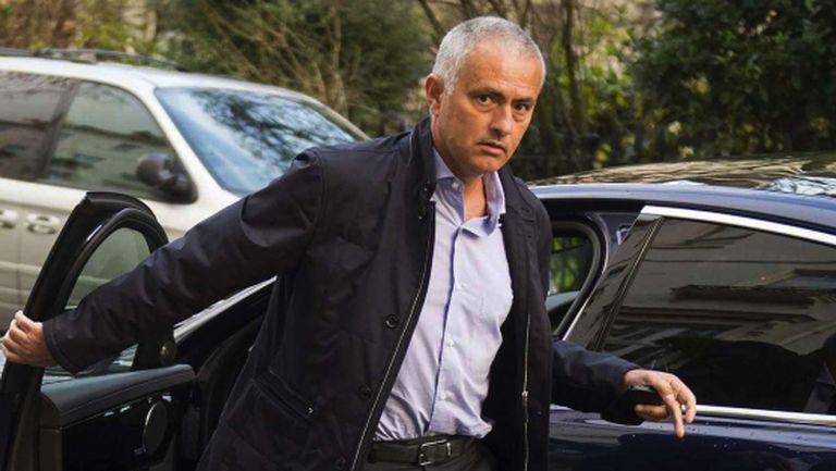 Моуриньо: Разликата между мен и Гуардиола е, че той има клуб, а аз - не