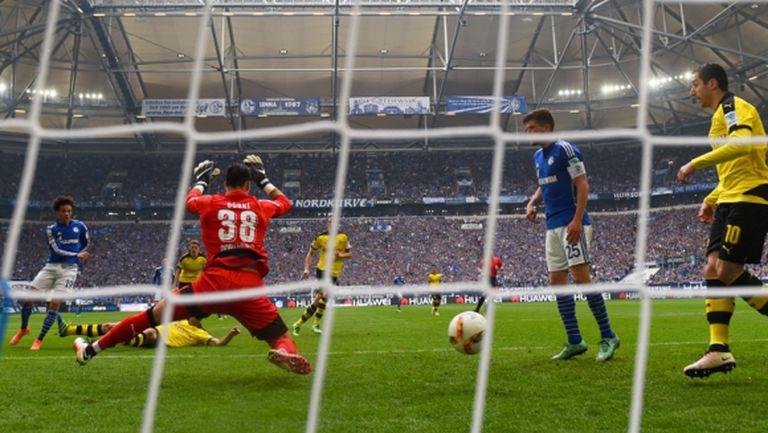 Резервите на Дортмунд изпуснаха Шалке в дербито (видео)