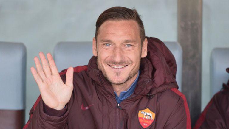 Обрат: Тоти подписва нов договор с Рома