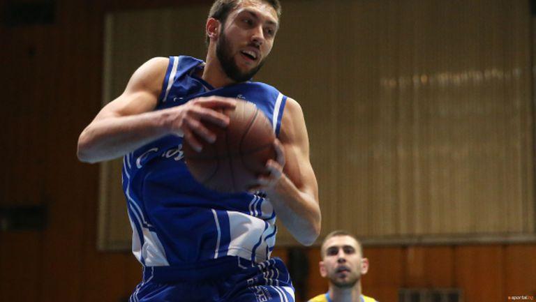 Спартак (Плевен) е на полуфинал след нова изнедата в Стара Загора