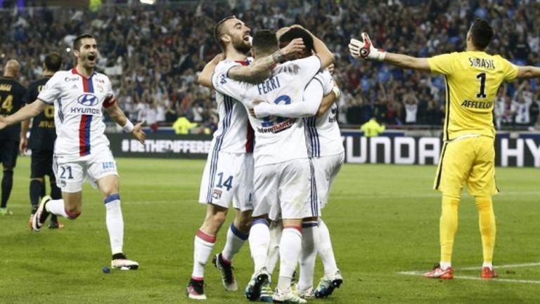 Лион помете Монако с шест гола и отново е в Шампионската лига