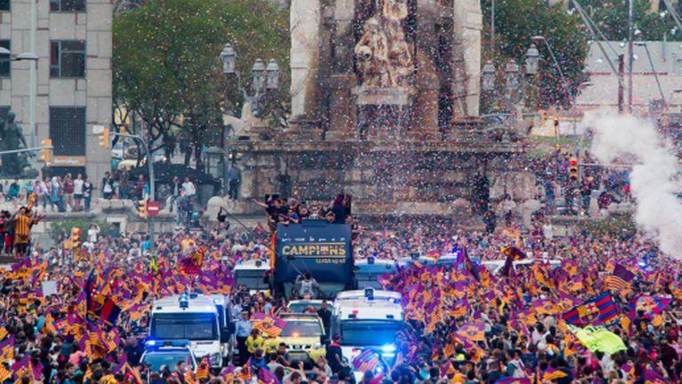 Хиляди празнуваха с Барселона (видео+галерия)