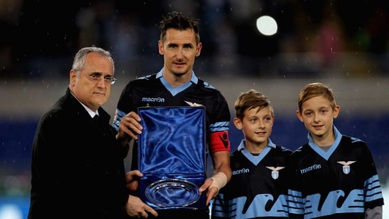 Легендата Клозе си тръгна с рекорден гол от Лацио (видео + галерия)