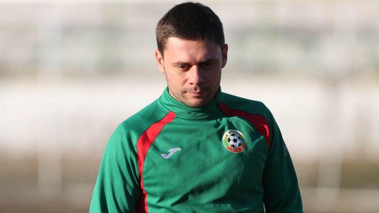 Настоящ и бивш футболист на Ботев (Пд) акостират под Аязмото