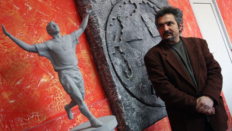 Стоичков остава без статуя за юбилея
