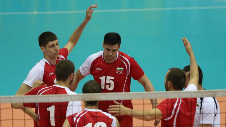 България с пирова победа над Алжир с 3:0! Гоцев и Валентин Братоев напуснаха с контузии (ВИДЕО + ГАЛЕРИЯ)