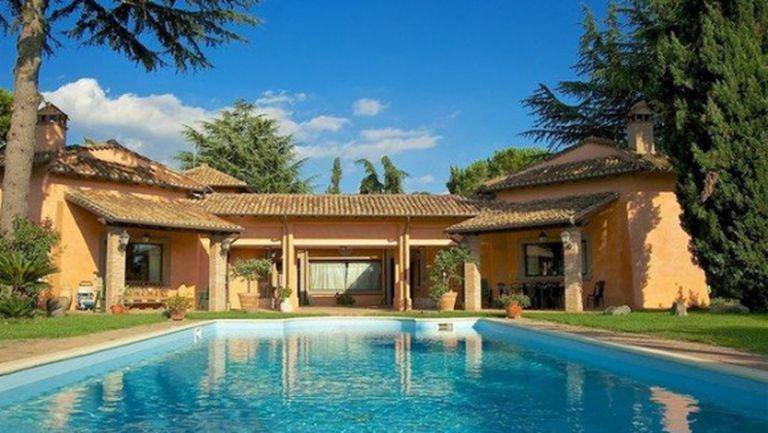 Тевес се сдоби с къща в Мадрид (снимки)