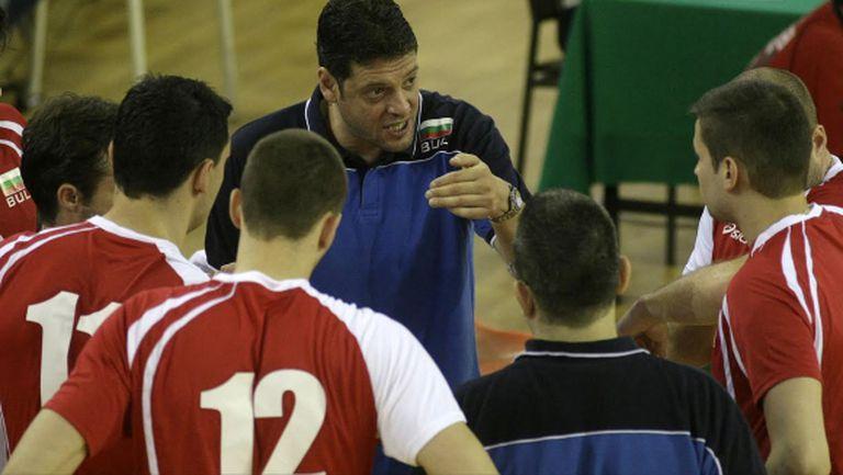 36 часа път за националите по волейбол