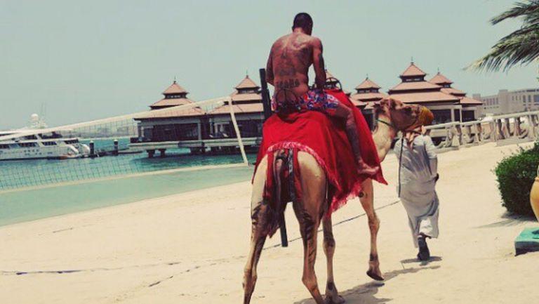 Благой Георгиев яхна камила в Дубай
