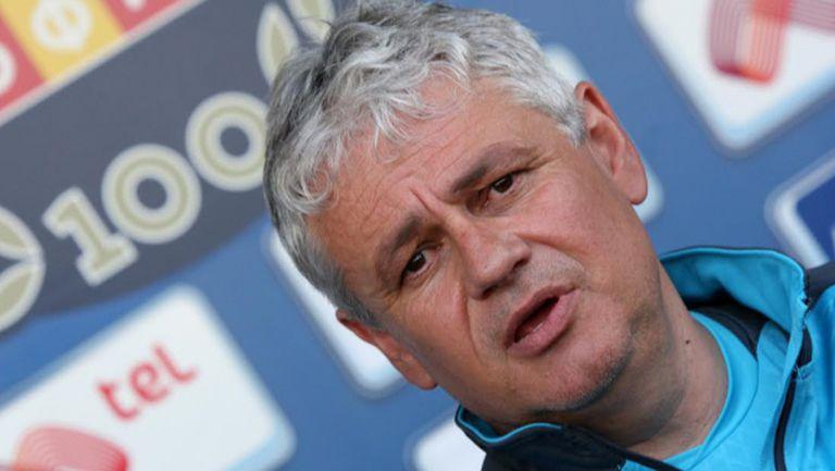 Стойчо Стоев: Според вас реално ли е Левски да гони първо място?