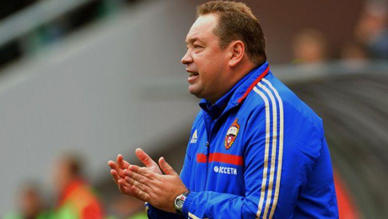 Гласят треньора на Миланов за мястото на Капело