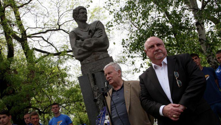 Баждеков: Бъдещето на Левски става ясно след седмица