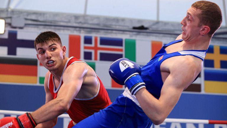Двама български боксьори на ринга в Розето днес