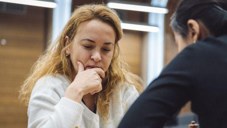 Антоанета Стефанова се класира за четвъртфиналите на онлайн шампионата по скоростен шахмат за жени