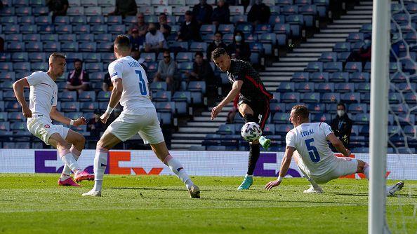Хърватия не успя да стигне до победа и във втория си мач от Европейското, след като завърши 1:1 с Чехия