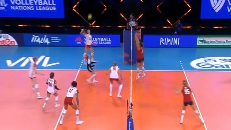 Лига на нациите (жени): Полша - САЩ 0:3