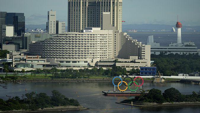 Шестима британски спортисти, пристигнали на олимпийските игри в Токио, са под карантина заради контакт със заразен с КОВИД-19