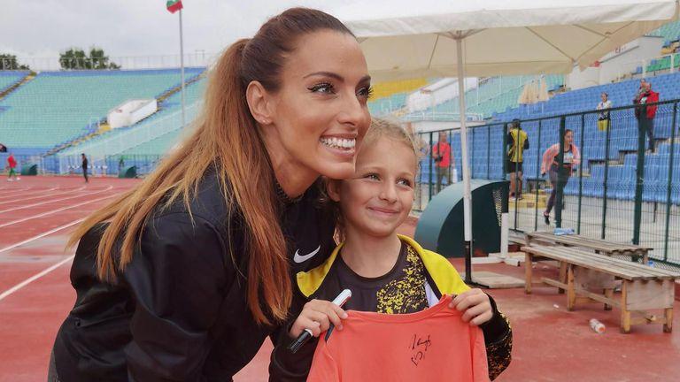 Ивет Лалова към децата: Ако искате да се занимавате със спорт, не спирайте пред нищо!