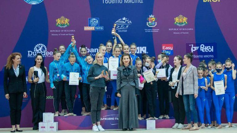 Първият отбор на Левски спечели титлата на ДП по художествена гимнастика за ансамбли
