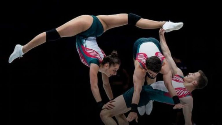 Дарина Пашова, Антонио Папазов и Тихомир Баротев на финал в категория тройки на ЕП по спортна аеробика в Пезаро