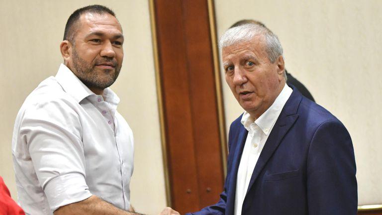 Кобрата на представянето на кандидатурата за президент на Александър Томов