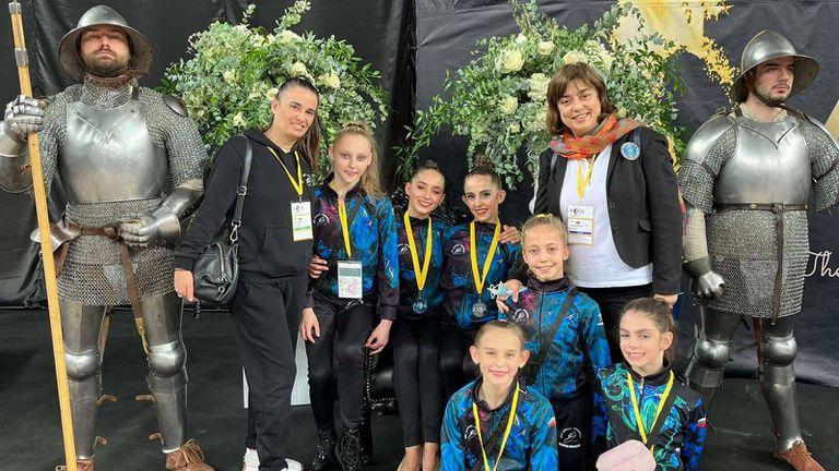 """Четири медала за гимнастичките на клуб """"Левски Триадица"""" от турнир в Хърватия"""