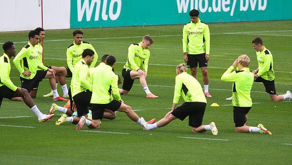 Ерлинг Холанд пропусна тренировката на Борусия преди мача с Аякс