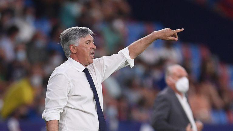 Анчелоти: Този Реал може да играе силно само при една схема